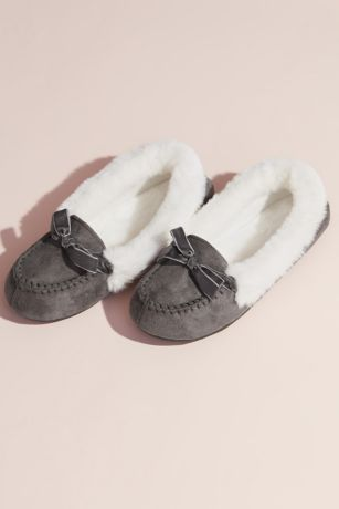 Jessica Simpson Grey;Pink Slippers (Jessica Simpson Faux Shearling Moccasin Slipper)
