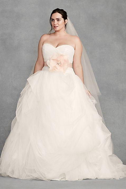 White by Vera Wang Plus Size Macrame Wedding Dress   David\'s Bridal