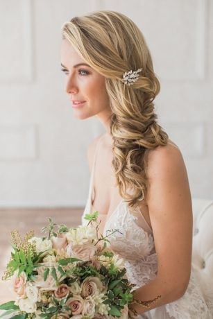 1560f481184c Hair Accessories and Headpieces for Weddings and All Occasions ...