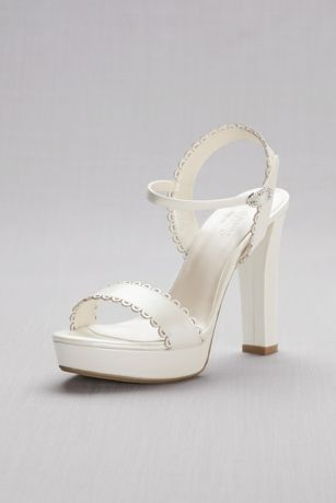 David's Bridal Ivory Heeled Sandals (Pearlized Platform Sandals with Scalloped Edges)