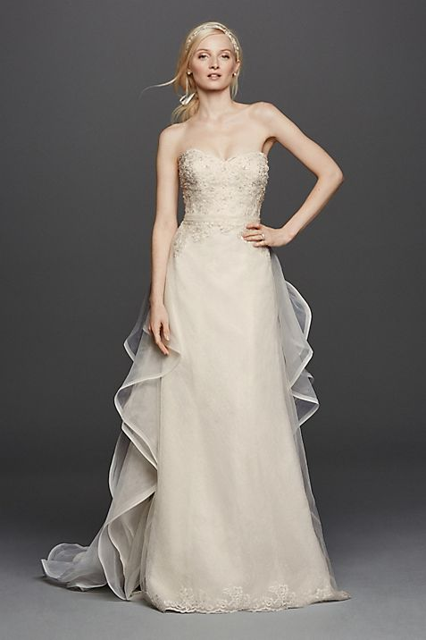 Strapless Lace Wedding Dress with Removable Train | David\'s Bridal