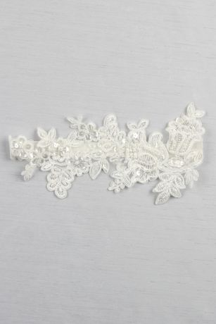 Sea of Petals Bridal Garter
