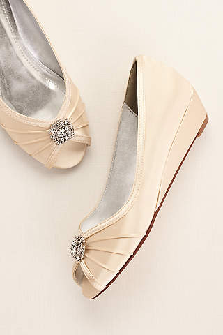 Wide Width Shoes For Women In Various Styles David S Bridal