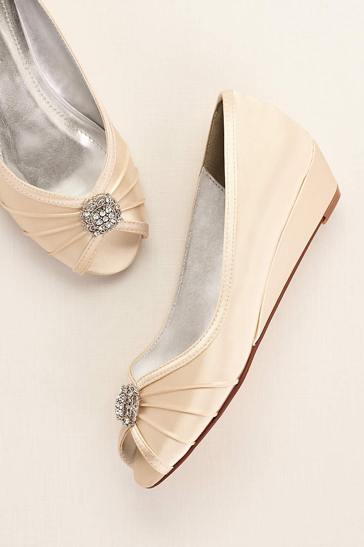 b909778ca6bb Comfortable Wedding Shoes   Evening Shoes