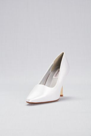 Dyeables White (Dyeable Satin Pointy Toe Pumps)