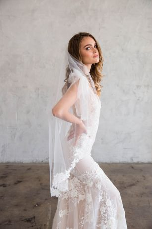 Floral Lace Silk Tulle Fingertip Veil