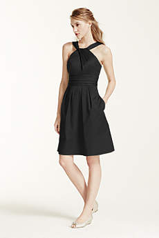 Short Cotton Dress with Y-Neck and Skirt Pleating