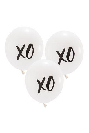 17 Inch White Round XO Balloons Set of 3