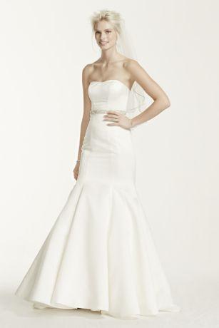 Long Mermaid/Trumpet Wedding Dress - David's Bridal Collection