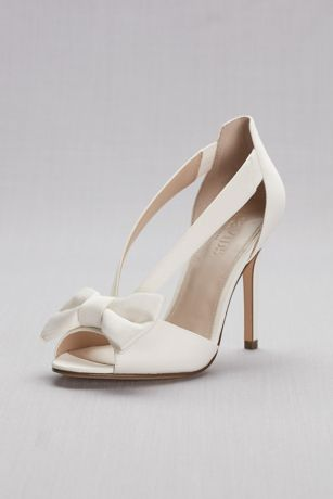 David's Bridal Blue;Ivory Heeled Sandals (Two-Piece Strappy Bow Pumps)