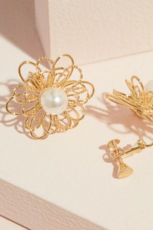 Pearl and Wire Flower Stud Earrings
