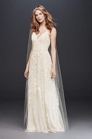 Destination & Beach Wedding Dresses | David\'s Bridal