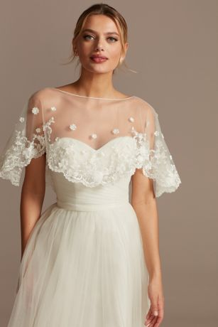 Scalloped Punch Flower Applique Tulle Capelet
