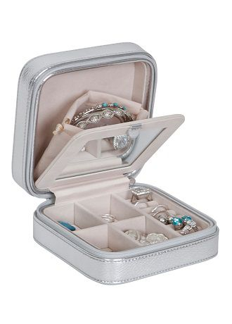 Luna Travel Jewelry Case in Metallic Faux Leather