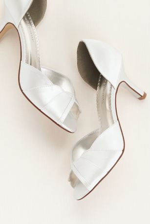 David's Bridal White Peep Toe Shoes (Dyeable Peep Toe Mid Heel with Scalloped Edge)