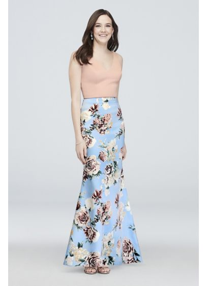 Crossing Crop Tank Two-Piece Floral Skirt Set - Cheerful and charming, this two-piece set brightens any