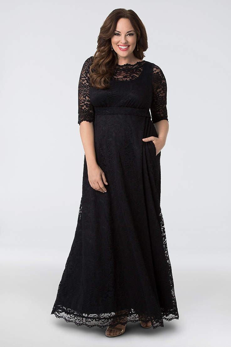 Plus Size Black Dresses & Gowns | David\'s Bridal