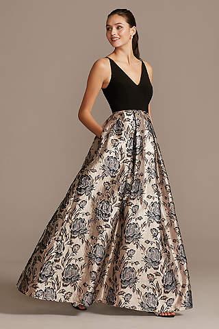 Vestido Escote V Falda Floral En Jacquard