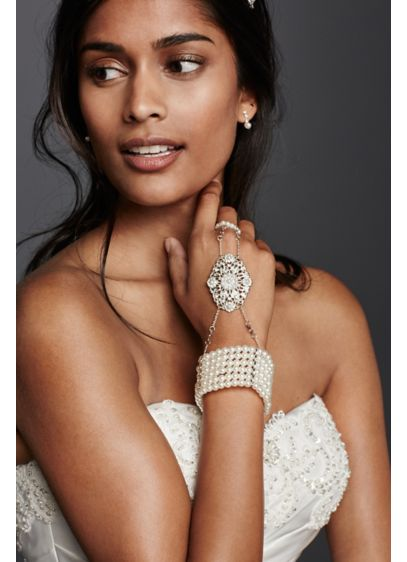 Pearl Hand Jewelry - Wedding Accessories