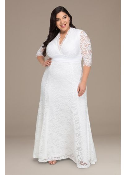 Plus Size Amour Lace Wedding Gown - This elegant lace plus size wedding gown is