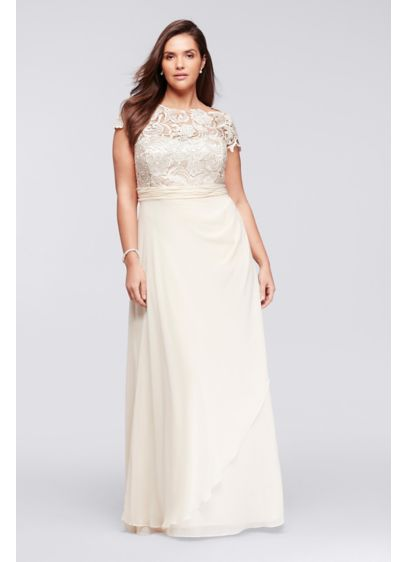 Cap Sleeve Lace Long Plus Size Mesh Dress | David\'s Bridal