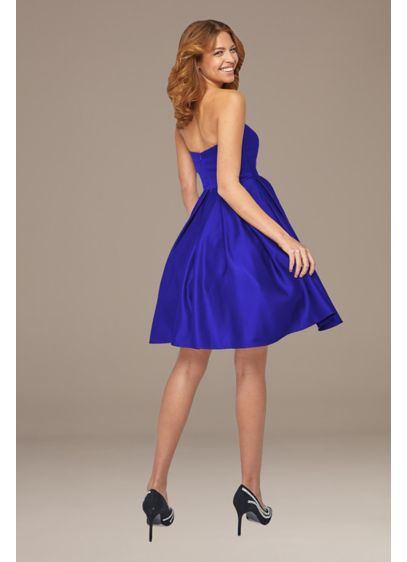 Satin Sweetheart Short Dress - A classic silhouette in shiny satin, this short