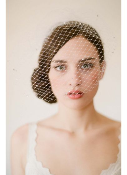 Full Wrap Birdcage Veil - Make a dazzling statement with this full wrap