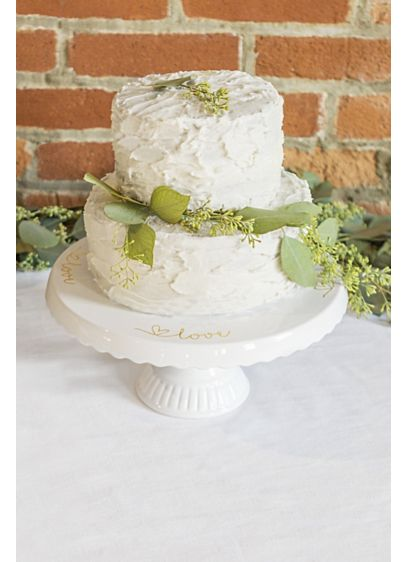 Scalloped Ceramic Love Cake Stand - A beautiful addition to both your wedding decor