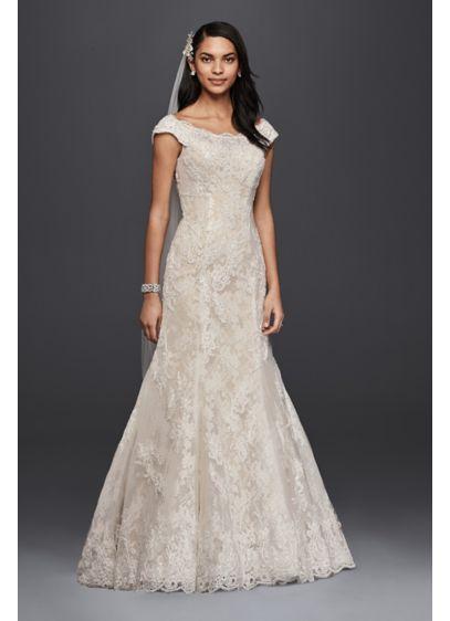 Oleg cassini scalloped boatneck wedding dress davids bridal long mermaid trumpet formal wedding dress oleg cassini junglespirit Gallery