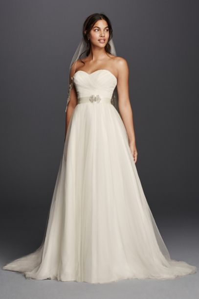 Strapless Wedding Dress with Sweetheart Neckline | David's ...