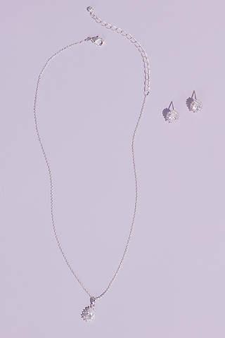 Set de Aretes y Collar en Forma de Almendra