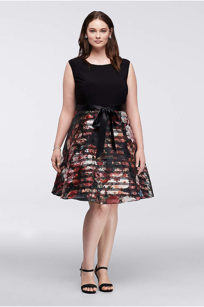 Short Cap Sleeve Plus Size Organza Party Dress