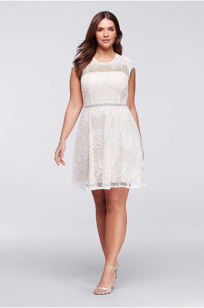 Plus Size Cap Sleeve Lace Dress with Beaded - With delicate lace cap sleeves and a beaded