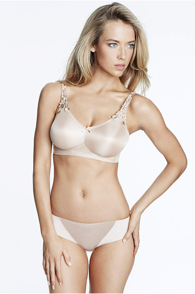 Dominique Jilian Everyday Wire Free Minimizer Bra - This seamless, wire-free minimizer bra reduces your bustline