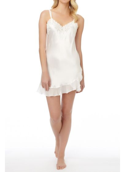 Oscar De La Renta Plus Size Ruffle Chemise - Wedding Accessories
