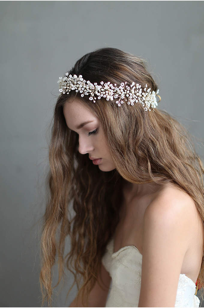Dramatic Wispy Baby's Breath Hair Vine - Look boho-beautiful in this bridal hair vine, bursting