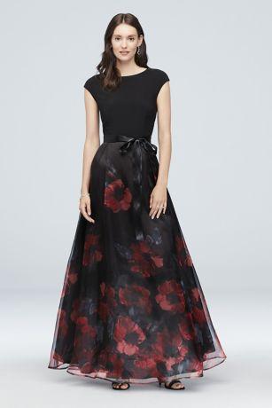 3983dbe74e6b Black Evening Dresses & Gowns: Short & Long | David's Bridal