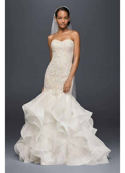 Petite Scroll Lace Trumpet Wedding Dress - The structured organza skirt of this trumpet wedding