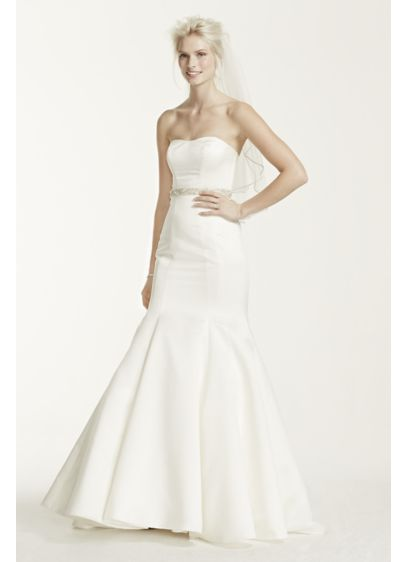 Long Mermaid / Trumpet Formal Wedding Dress - David's Bridal Collection