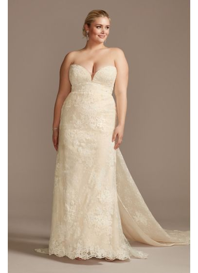 Lace Removable Bow Train Plus Size Wedding Dress - Drawing inspiration from the runway, this sheath wedding