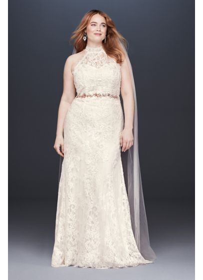 Lace High-Neck Halter Plus Size Wedding Dress - This high-neck halter wedding dress is a fresh