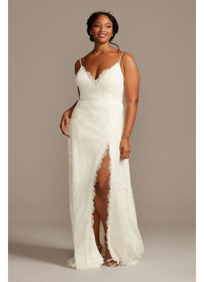 Leaf Pattern Lace A-Line Plus Size Wedding Dress - Scalloped eyelash lace trims the plunging-V neckline, dramatic