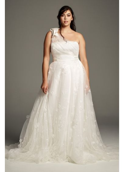 Tulle Plus Size One-Shoulder A-Line Wedding Dress