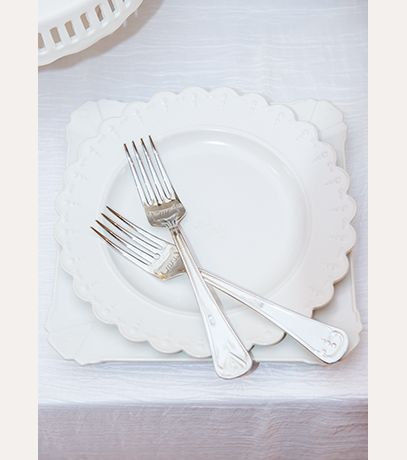 wedding cake plate and forks my one and only plate and fork wedding cake set david s 23498