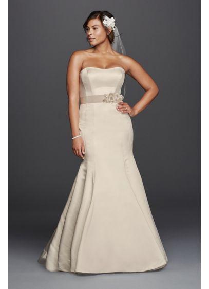 Plus Size Trumpet Wedding Dress With Visible Seams David