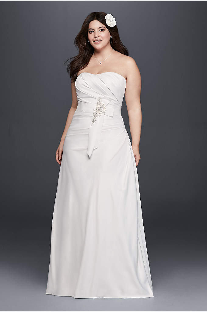 Plus Size Ruched Wedding Dress with Bow at Hip