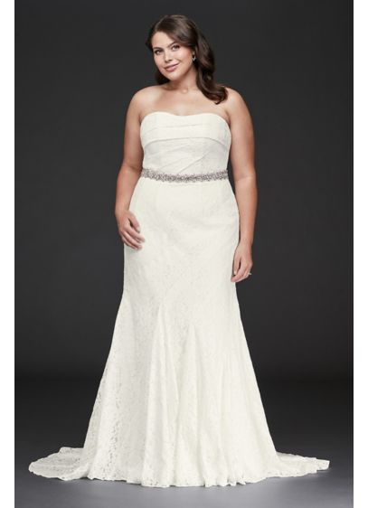 Strapless Floral Crochet Plus Size Wedding Dress - Simple and stunning, this strapless plus-size wedding dress