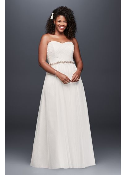 Dot Tulle Sweetheart Neck Plus Size Wedding Dress - This delicate dotted tulle wedding gown is perfect