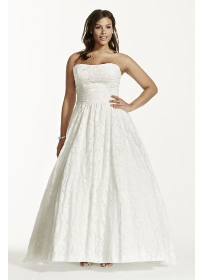 Lace Plus Size Wedding Dress with Pocket Detail | David\'s Bridal