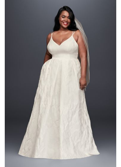 Floral Jacquard A-Line Plus Size Wedding Dress